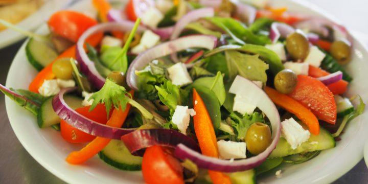 Frisse salade met Emmentaler en rucola